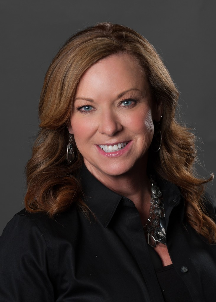 Sheila Hewitt Headshot